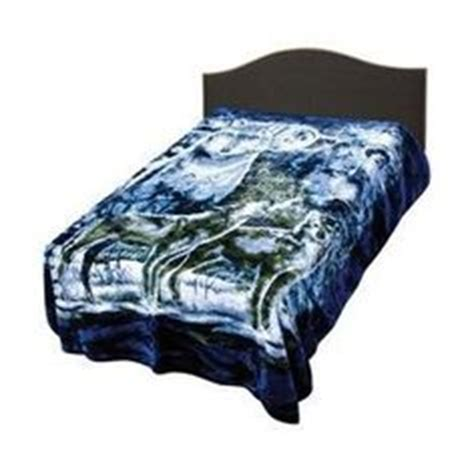wolf themed bedroom midnight wolves king comforter set teen boys bedroom