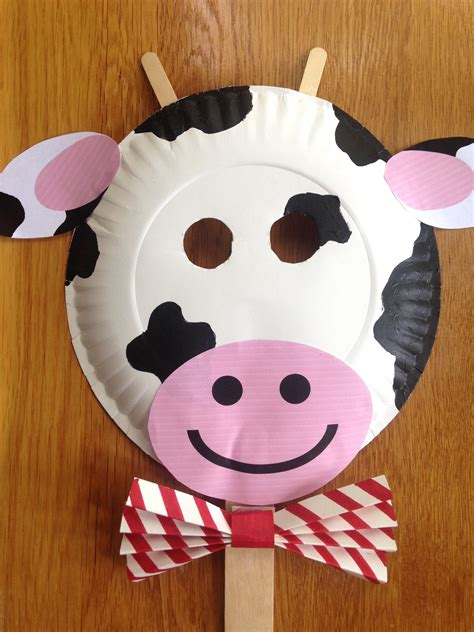 Paper Plate Cow Craft - fil a cow day paper plate cow masks with free