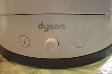 dyson am01 table fan review dyson air multiplier bladeless am01 table fan 10 inch review