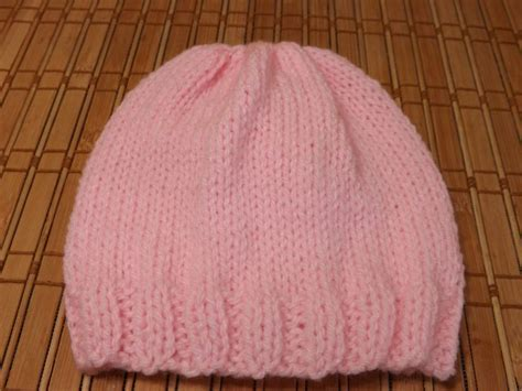beginner loom knitting patterns how to knit a new born baby s hat for beginners how to