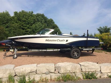 wakeboard boats with head 17 best ideas about mastercraft ski boats on pinterest