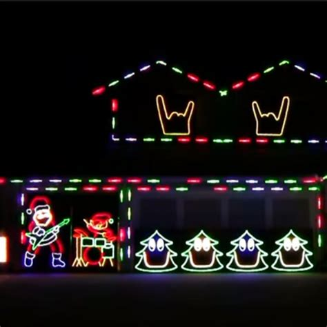 these slipknot christmas lights are the most awesome thing