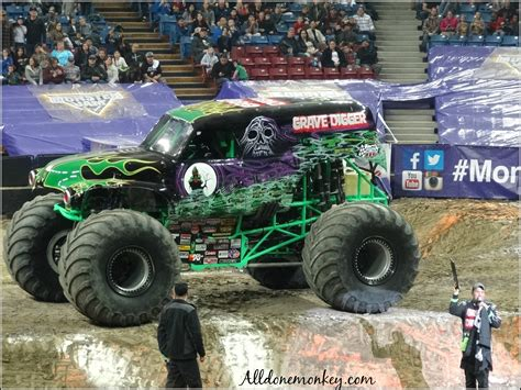 what time does the monster truck show end monster truck show 5 tips for attending with kids