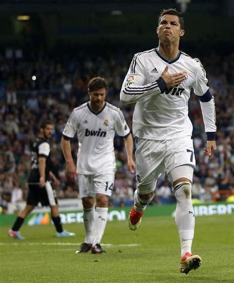 gol de cristiano ronaldo cristiano ronaldo celebra su gol al m 225 laga qu 233 es
