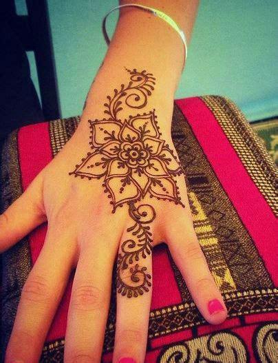 henna design diy easy henna design www hierishetfeest com henna flowers