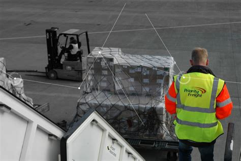 freight services road freight air freight air charter