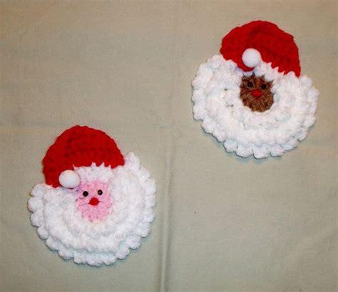 crochet santa claus magnet  red  white