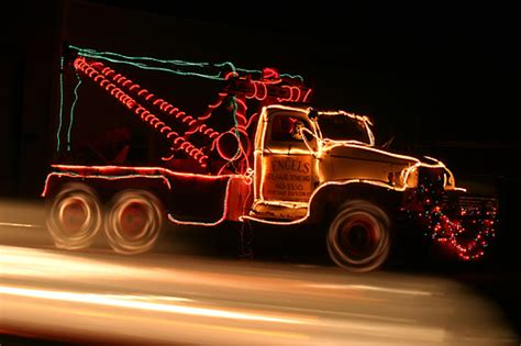 trucks decorated for christmas pictures of cars decorated with decorations times guide to holidays and