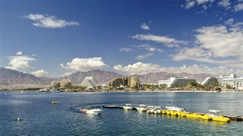 porto giordania relax balneare ad aqaba sul mar rosso