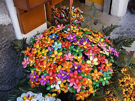 fiori di confetti sulmona i confetti di sulmona di zucchero storia nascita