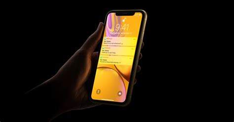 iphone xr id apple