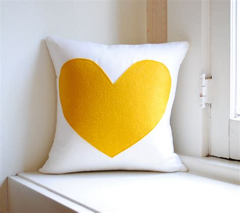 pillow designs 20 charming handmade valentine s day pillow designs
