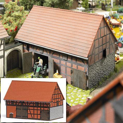 Bauernhof Mit Scheune by Busch Modellbau Automodelle Spiel Und Bastelmaterial