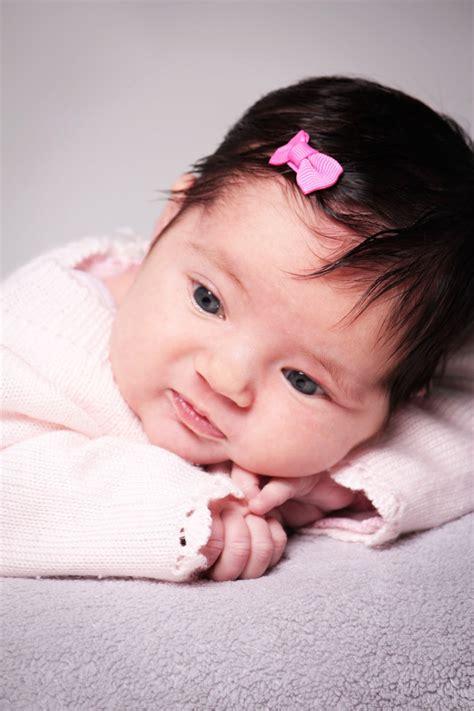 fotos de pitos de nios medianos imagenes de bebes ni 241 a que est 225 n dentro de las m 225 s