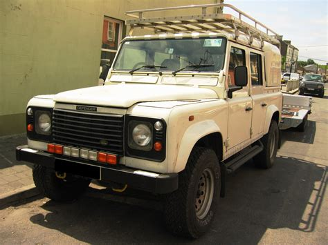 land rover 110 truck land rover defender wikiwand