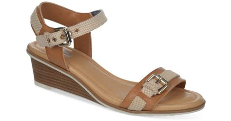 dr scholls wedge sandals dr scholls glendale wedge sandals in brown lyst