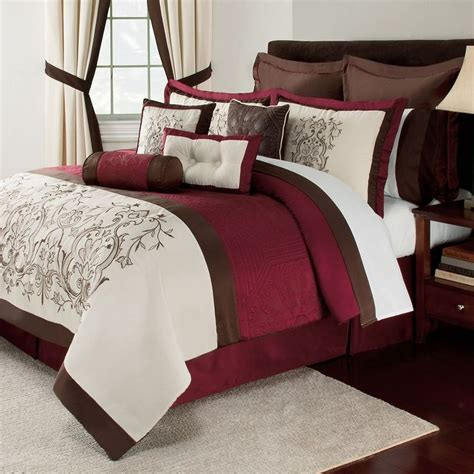 burgundy and cream bedroom 17 best images about bedding on pinterest jasmine parks