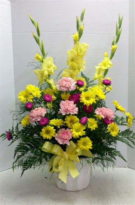 Best Flowers For Funeral by 17 Best Images About Flower Arrangements On