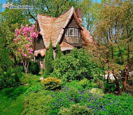 custom cottage roof restoration by custom shingles