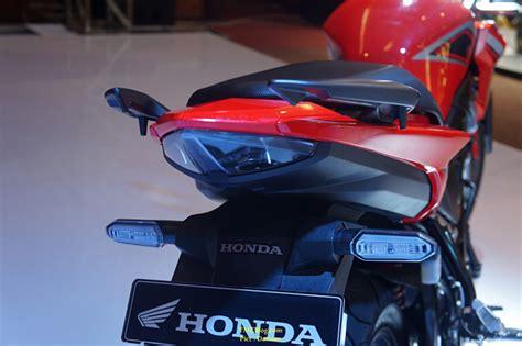 Visor Windshield Honda New Cb150r Cb 150r Streetfire Facelift Pnp 1 honda released cb150r streetfire and honda sonic 150r in