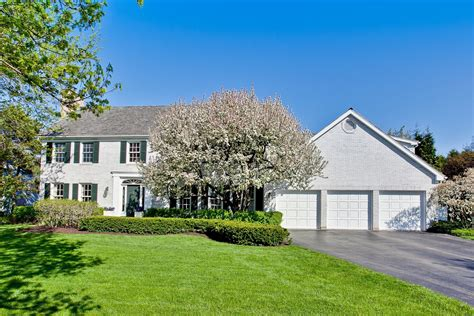 lake forest home once owned by chicago bulls steve