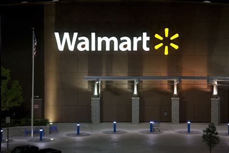Walmart Light by Walmart And Ge Transforming Retail Lighting With Energy
