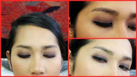 tutorial eyeshadow pemula buat pemula cara pakai eyeshadow satu warna beginner