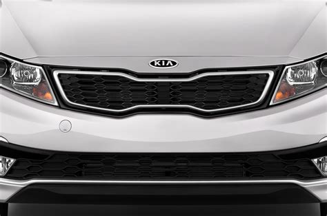 kia optima 2013 hybrid review 2013 kia optima hybrid reviews and rating motor trend