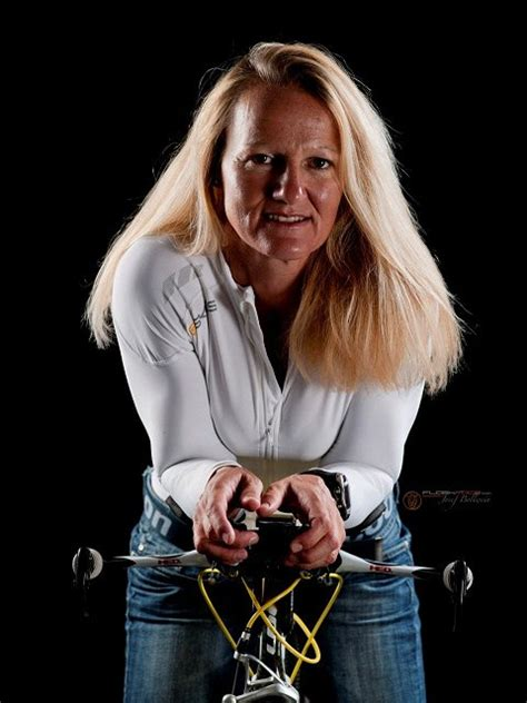 Michaela Flow die sp 228 tberufene flowsports das sportunternehmen