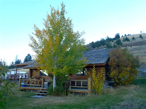 yellowstone national park lodging cabin vacation rentals
