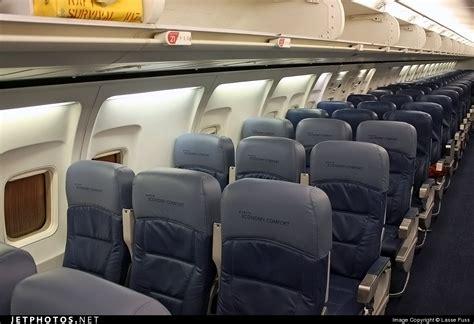 boeing 757 cabin n6704z boeing 757 232 delta air lines jetphotos