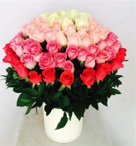 Excepcional  Ramos Grandes De Flores #7: Arreglo-floral-con-100-rosas.jpg