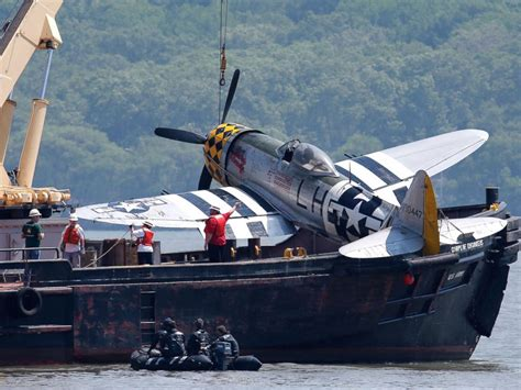german u boat hudson river world war ii era plane lifted from hudson river 1 day