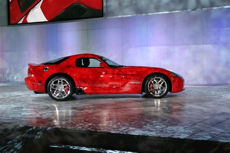 hayes car manuals 2006 dodge viper windshield wipe control service manual removal of 2003 dodge viper transmision 2004 dodge viper transmission removal