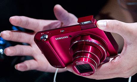 Samsung Galaxy Kamera Bagus ifa 2012 samsung shows galaxy or is it a phone technology the guardian