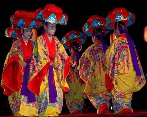 Traditional by Genre Buzz Traditional Japanese Dance Steps The