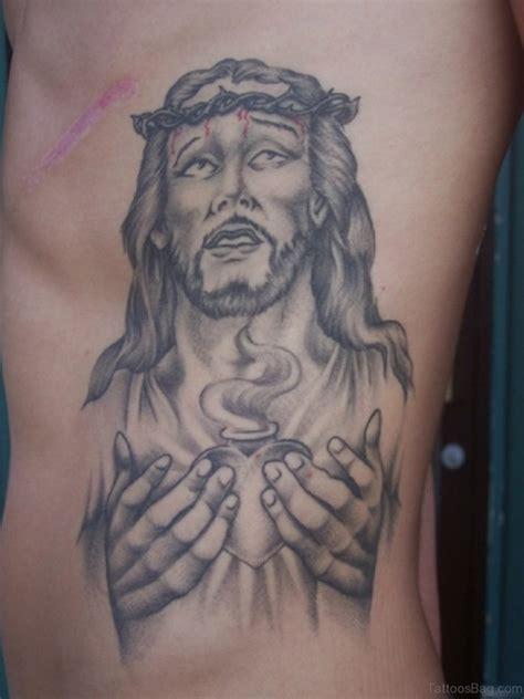 jesus piece tattoo 30 best jesus tattoos on rib