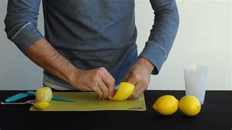 How To Make Lemon Twists by Garnish Lemon Twists