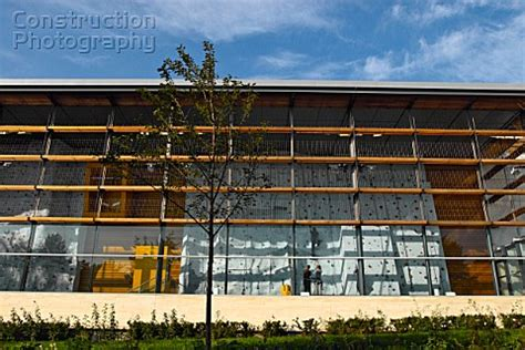 Swiss Cottage Leasure Centre by A088 02347 Swiss Cottage Leisure Centre Uk