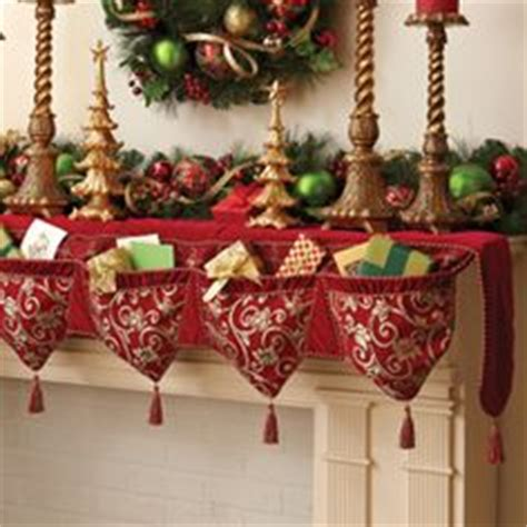 pattern for christmas mantel scarf christmas mantles mantles and banners on pinterest