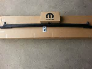 07 16 jeep wrangler 2015 soft top rear window tailgate bar