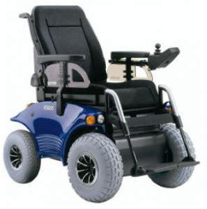sedia a rotelle motorizzata norvegia disabile su sedia a rotelle ubriaco arrestato e