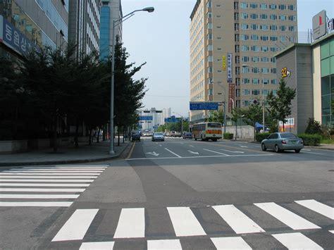 st corner seohyeon seoul