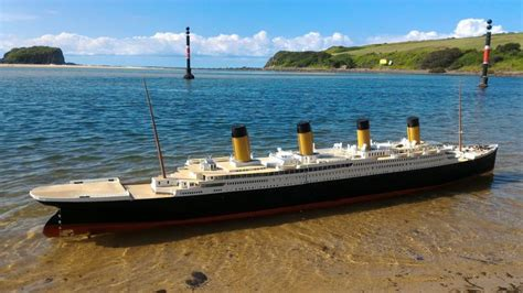Titanic Sinking Model by 3d Printed 1 72 Titanic Sinking Test And Possible Results