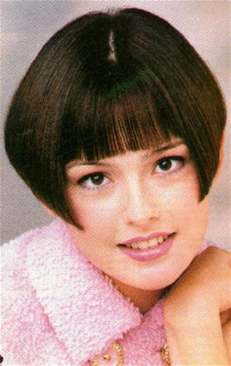 wedge haircut demostations stacked wedge haircut short hair short hairstyle 2013