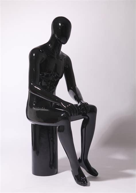 manichino seduto altezza 141 cm larghezza della spalla 44 centimetri