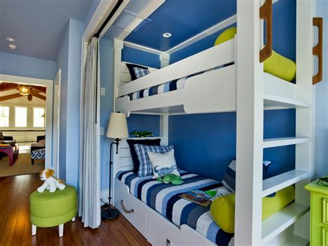 Decorate Small Bedroom Bunk Beds