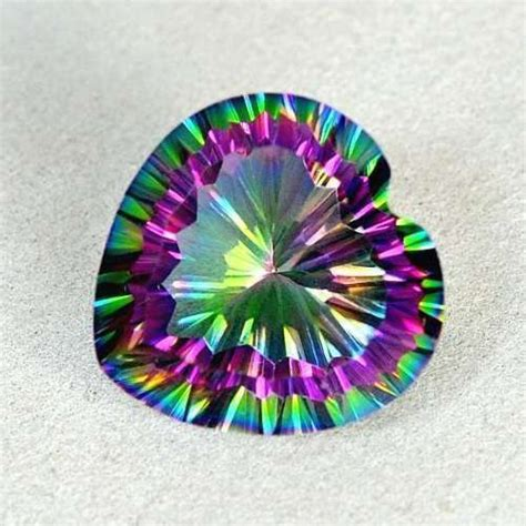 quartz mystique arc en ciel 13 20 ct catawiki