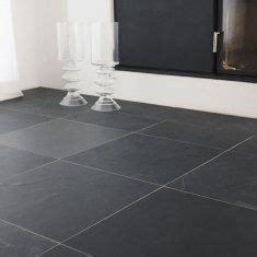 fliese anthrazit 60x60 naturstein greyhound black spaltrau wohnzimmer