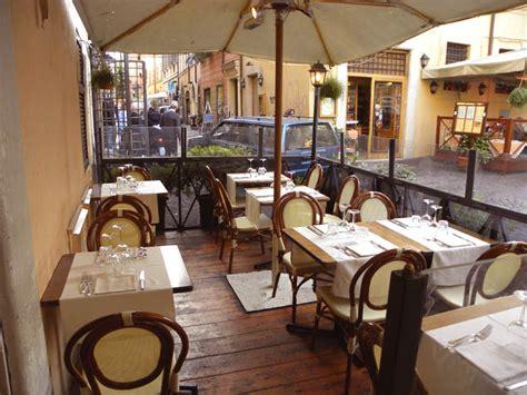 best restaurants in rome trastevere top 10 restaurants in trastevere rome the abroad guide